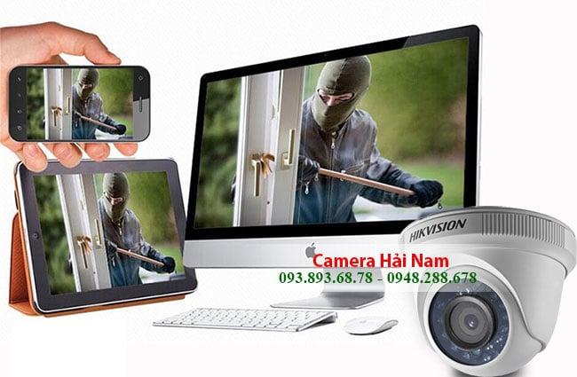 camera giám sát qua điện thoại hoạt động theo hệ thống quản lý gồm Đầu thu (Đầu ghi hình), ổ cứng, tên miền, hosting, dây cáp, màn hình