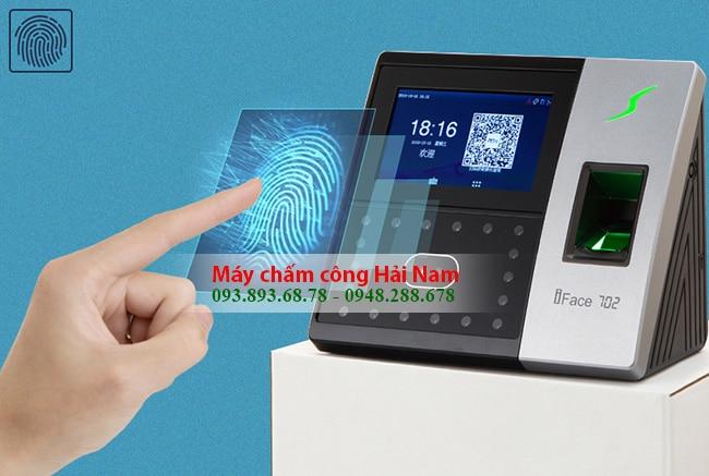 Máy chấm công khuôn mặt Ronald Jack 800 có lưu 3000 dấu vân tay CAO CẤP - Ứng dụng chip Intel của Mỹ